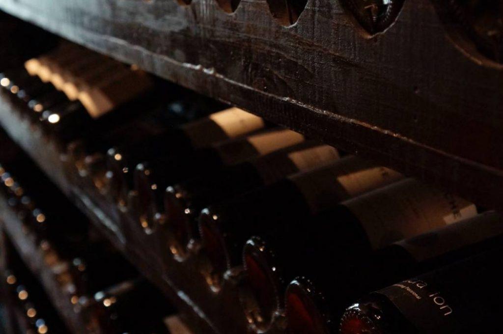 cellar-classic-shelves-774455 (2)